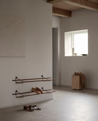 With its elegant and simple design, the Shoe Rack would fit beautifully into any home. It has an easily adjustable rack, so you can provide storage for all sizes of shoes.   #wedowood #homedecor #sustainabledesign #shoerack #modernliving #interior