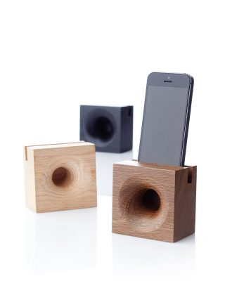 We are excited to announce that SONO AMBRA speaker, a Danish design by Hans Sandgren Jakobsen, is now official at part of the We Do Wood collection. There is no need of plugs, cables or electricity, you just have to place your tablet or phone in the speaker, press play, and your music will be naturally amplified. The speaker is made in Denmark using only FSC certified wood. ⁠ ⁠ #wedowood #speaker #sustainabledesign #interiordesign #homedecor #homestyling #danishdesign⁠