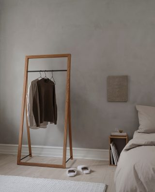 A picture from our latest photoshoot showcasing how the beautiful frame in form of the Framed Hanger will bring lightness and ease into your bedroom. ⁠ ⁠ #wedowood #sustainabledesign #clotheshanger #bedroom #homedecor #modernliving #interior⁠